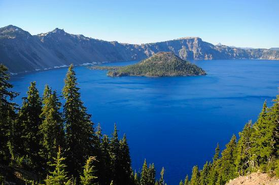 The View From The Crater Lake Lodge Picture Of Mazama