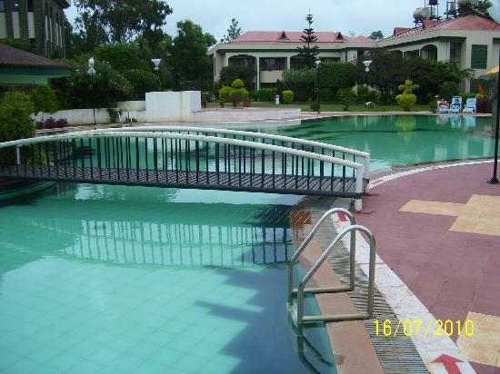 Front View Of Hotel Picture Of Blue Country Resort Panchgani Tripadvisor