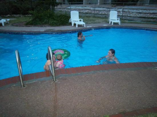 Pool Picture Of Days Inn Garden Of The Gods Colorado Springs Tripadvisor