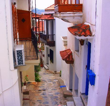 Skiathos Town, Grce : BEAUTFUL SKIATHOS. 