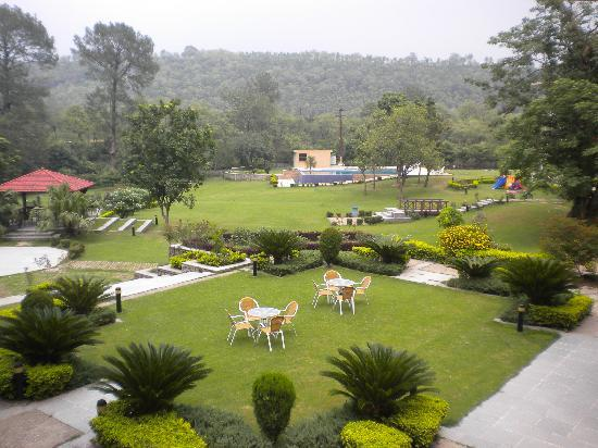 Country Inn & Suites By Carlson, Vaishno Devi, Katra: Hotel View