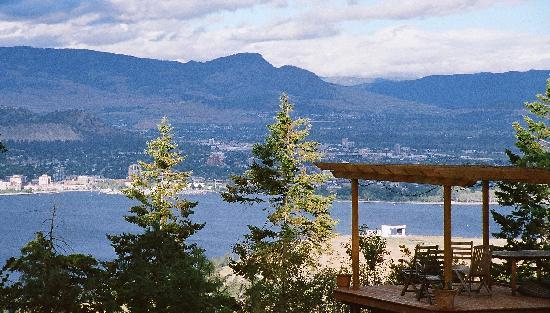 A Grand View Bed and Breakfast: The View (1)