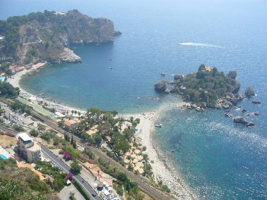 La Plage Resort: View to the resort and Isola Bella from Taormina