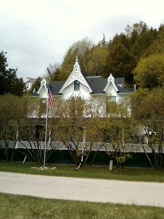 Small Point Bed & Breakfast