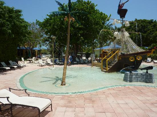 Duck Key Vacation Rentals: Kinderpool mit Piratenschiff