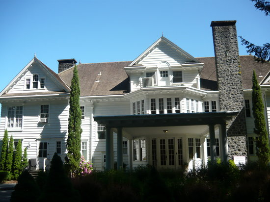 Rutherglen Mansion