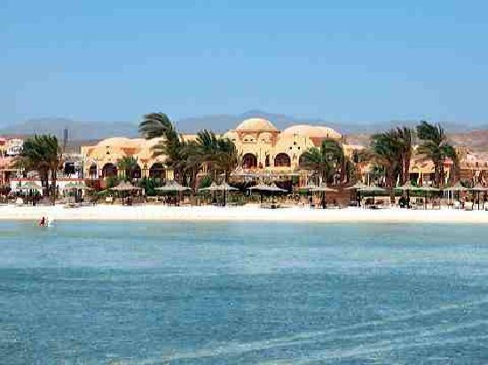 Abo Nawas Resort : blue red sea 