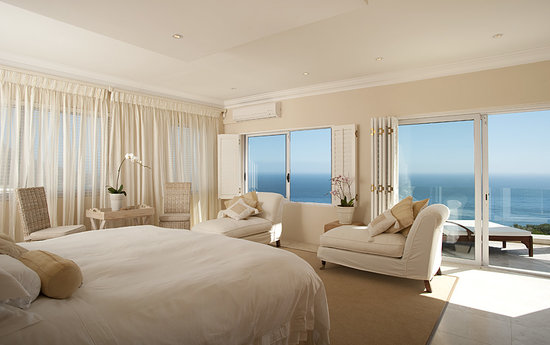 Atlantic Suites Camps Bay: Bedroom