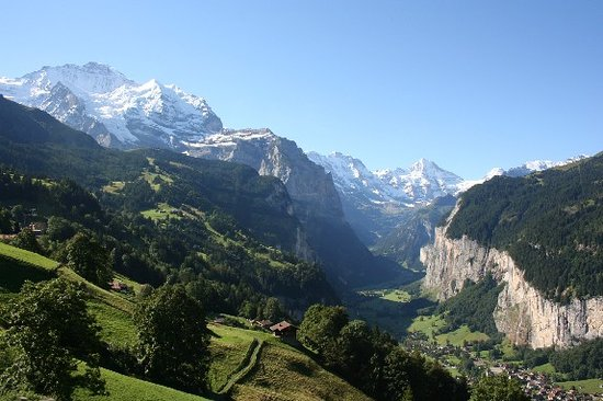 View from train en route from Lauterbrunnen to Wengen