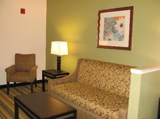 Holiday Inn Express Berkeley: Sitting area
