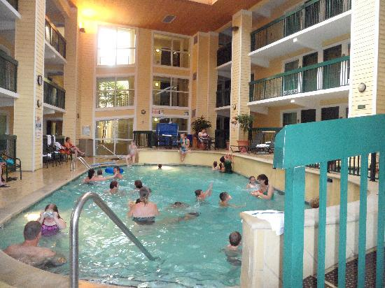 rooms inside pool area picture of econo lodge riverside. Black Bedroom Furniture Sets. Home Design Ideas