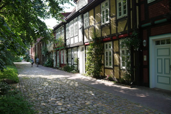 Hotel garni St. Georg: romantische Lage in Celle