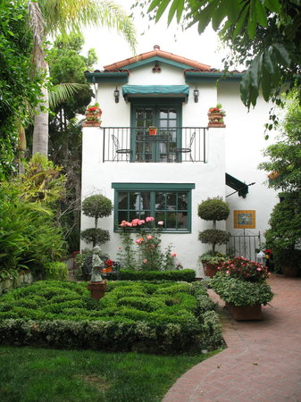 Garden Cottage at the Green Bed & Breakfast