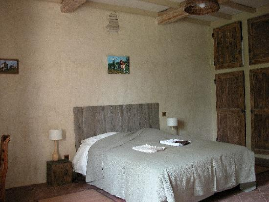 Tarn, France : chambre pigeonnier 