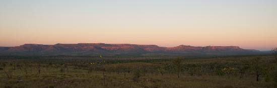 Kununurra, Australia: Cockburn Ranges, near Home Valley Station
