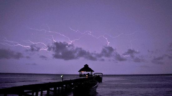 Xanadu Island Resort Belize: Lightning, only stormed late one night