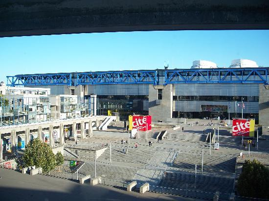 View out of our hotel room window picture of forest hill - Hotel forest hill porte de la villette ...
