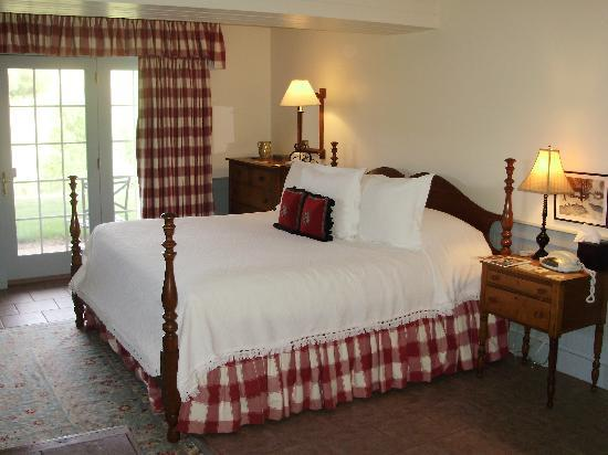 Inn at Old Virginia: Our comfortable sleep number bed.