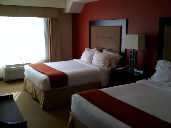 ‪‪Holiday Inn Express Hotel & Suites Washington DC-Northeast‬: Zimmer‬