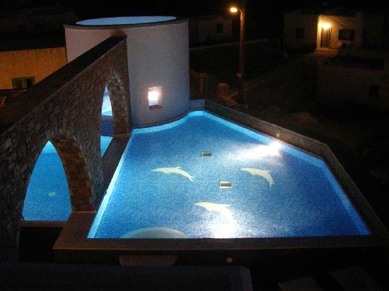 Vigla Hotel: swimming pool