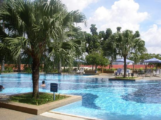 Picture of hotel equatorial melaka - Cheap hotels in aberdeen with swimming pool ...