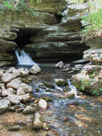 Mountain View, AR: Blanchard Springs