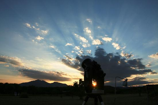 Cistella, Spain: Can Patiras has a telescope to watch the stars, the planets and the moon