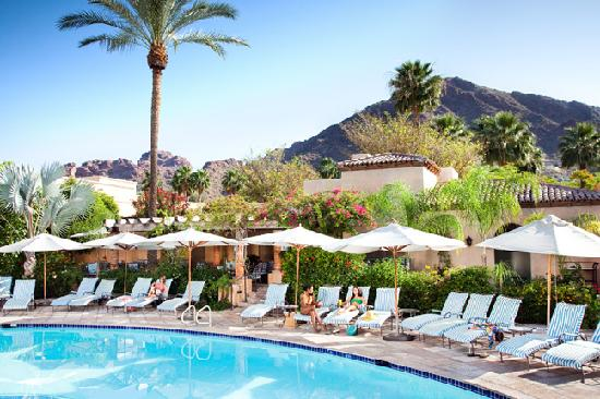 Phoenix, AZ: Relaxing Poolside at Royal Palms Resort and Spa