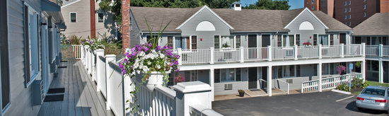 Nantasket Hotel at the Beach: exterior view  08/10/2010