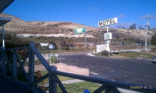 The Tides Motel: View from room to highway