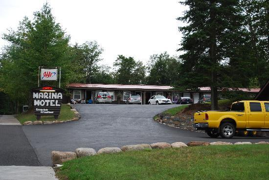 Inlet, NY: Marina Motel