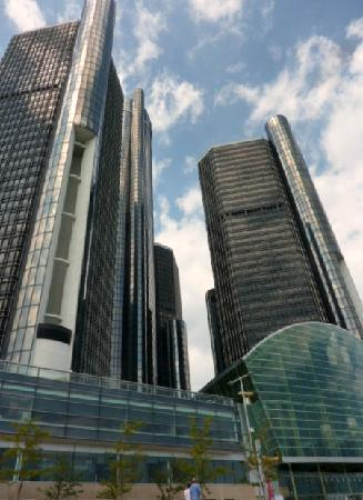 East Detroit, MI: Renaissance Center (Ren Cen)