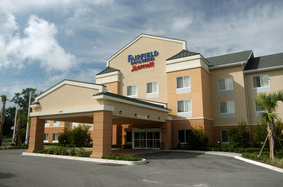 Fairfield Inn & Suites by Marriott Lakeland / Plant City: Hotel Exterior