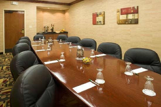 Holiday Inn Denver Lakewood : Meeting space to accommodate functions of all sizes 