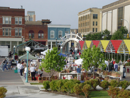 Grand Forks, ND: Downtown Farmer&#39;s Market