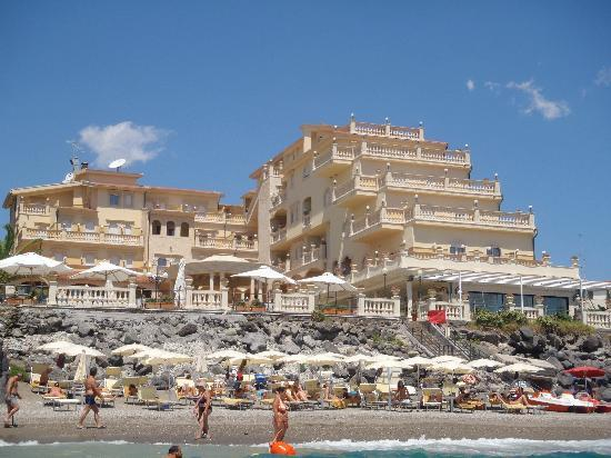 Panorama dalla camera picture of hellenia yachting hotel - Hellenia hotel giardini naxos ...