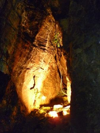 Hope Valley, UK: Blue John  Cavern, Castleton