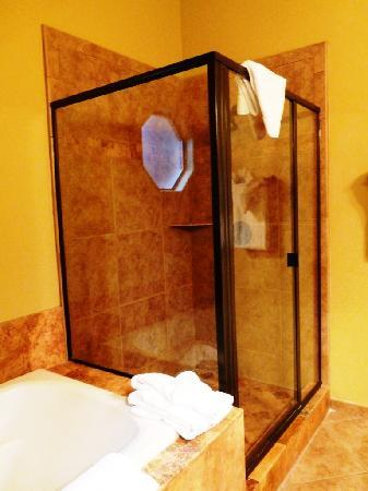 Las Posadas of Sedona: Salle de bain Red Rock Suite