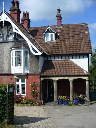 Lisvane Bed & Breakfast