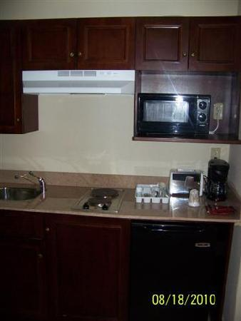 Comfort Inn and Suites: Kitchen Amenities