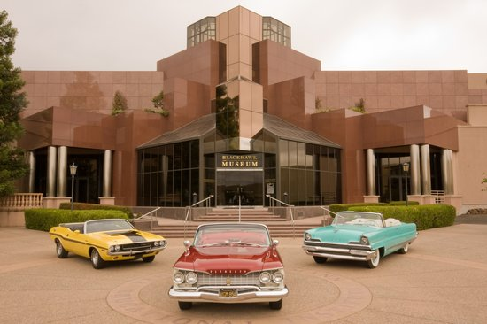 Blackhawk Automotive Museum: cars out in front of museum