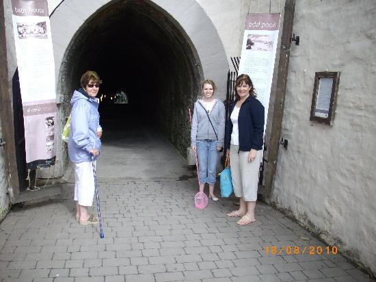 Ilfracombe, UK: TUNNELS BEACH !!