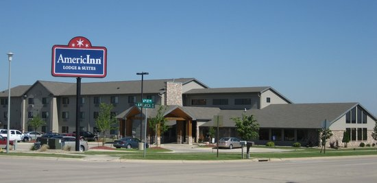 AmericInn Lodge & Suites Cedar Rapids Airport