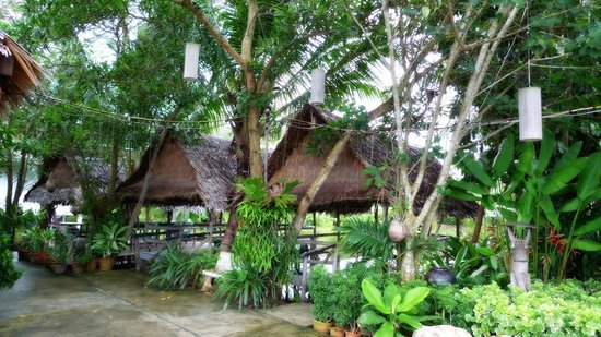 Sansuko Ville Bungalow Resort: Seafood Restaurant