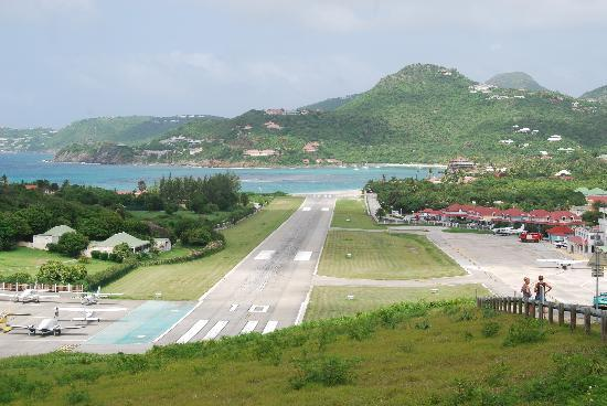 St Barths Airport Second Smallest Commercial Airport In