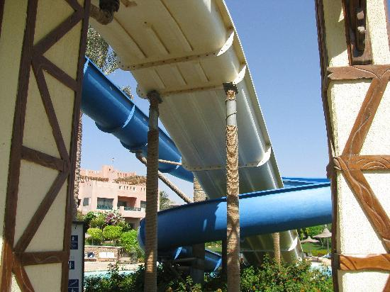 Hotel Prima Rehana: ONLY 2 SLIDES WEB INFO SAID 3.