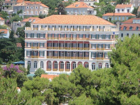 Hilton Imperial Dubrovnik: Outside view of hotel