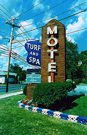 Turf & Spa Motel: Turf and Spa Motel