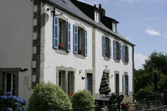 Laura 39 s picture of laura 39 s chambres d 39 hote huelgoat for Chambre d hote brittany