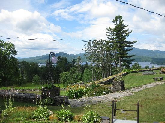Blair Hill Inn: The beautiful grounds